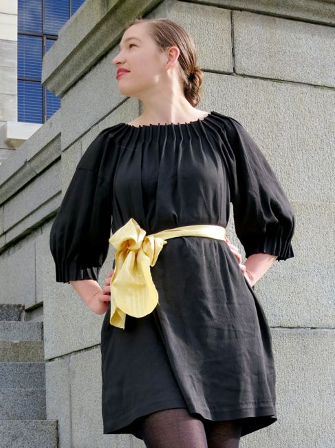 The Tuck-Pleated shift/smock dress thedreamstress.com
