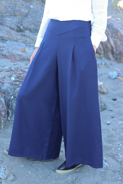 Eastbourne Trousers by Scroop Patterns